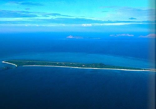 Isla Pamalican desde el aire