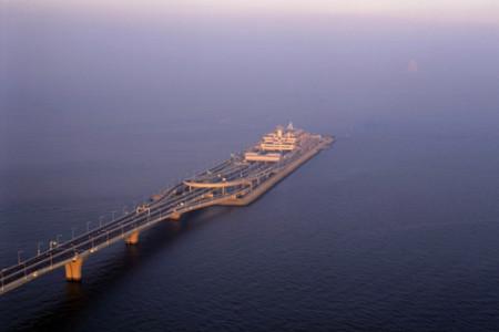 Aqualine, autopista submarina en Tokio