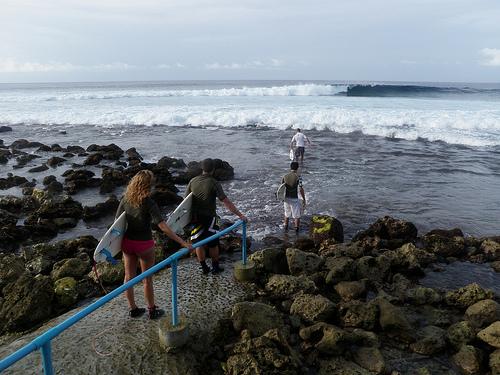 surf en maldivas