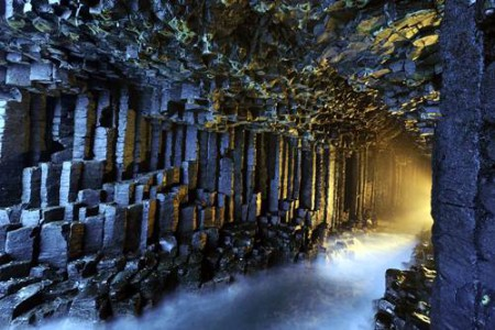 La gruta de Fingal, en Escocia