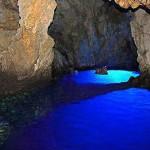 La gruta azul de Bisevo, en Croacia